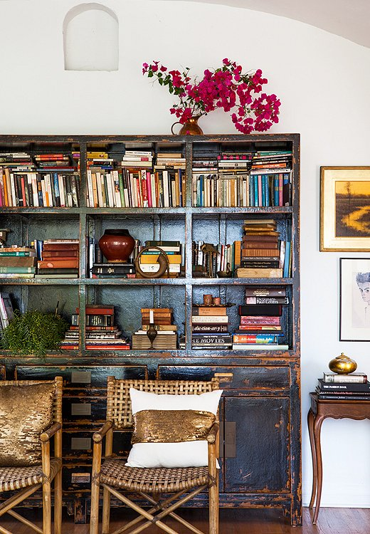 one_kings_lane_heidimerrick_v2bookshelf