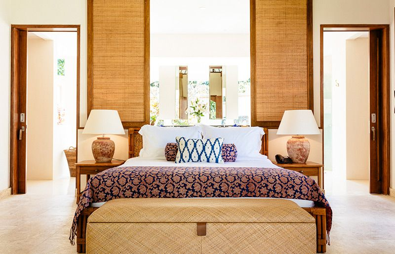 Simona-Oasis-and-Spa-Bima-bedroom-view-to-ensuite-2