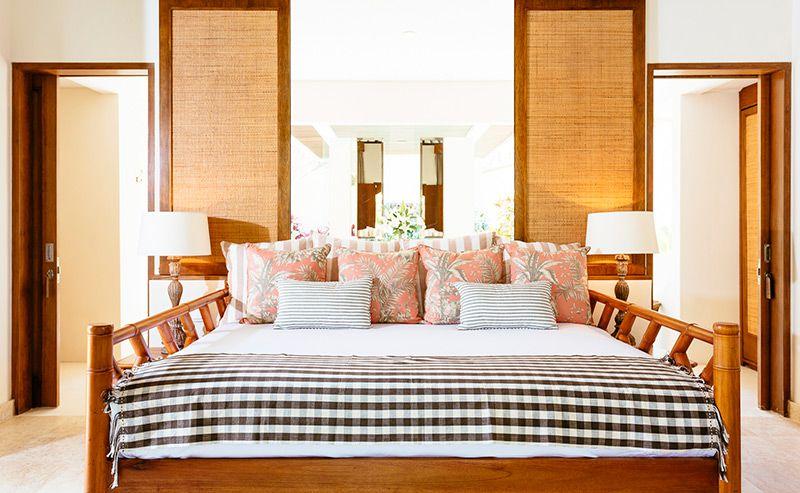 Simona-Oasis-and-Spa-Bima-bedroom-view-to-ensuite