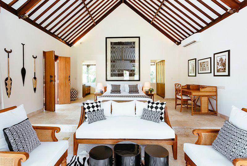 Simona-Oasis-and-Spa-Darma-master-bedroom-and-living-area