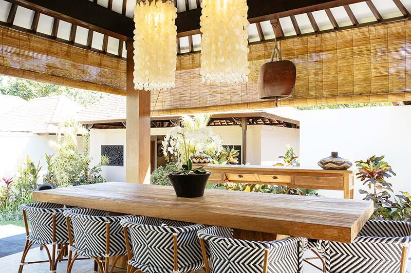 Villa-Simona-Oasis-Dining-area