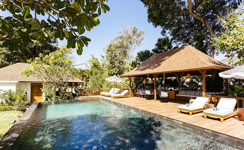 Villa-Simona-Oasis-Pool-and-deck