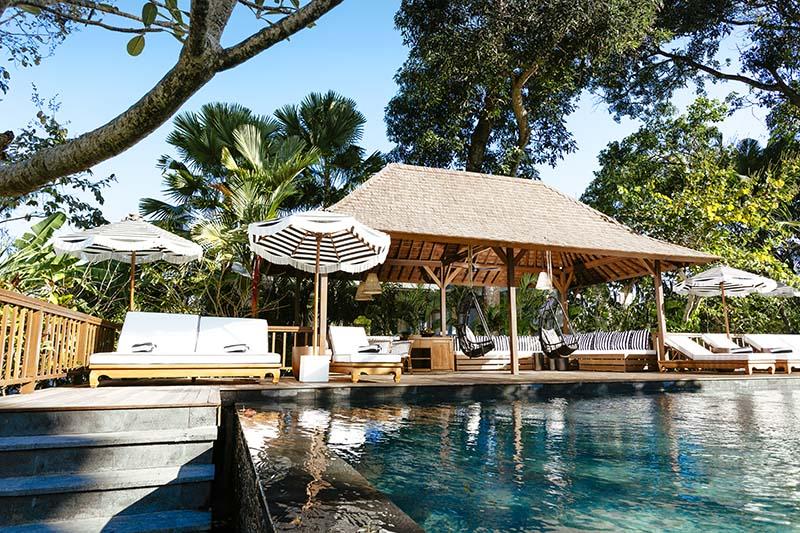 Villa-Simona-Oasis-Steps-to-pool-deck