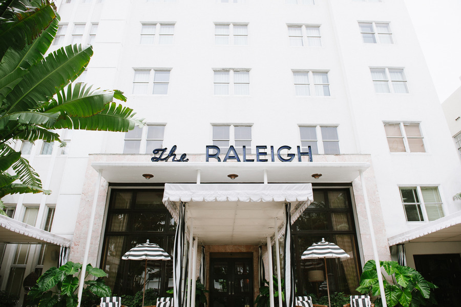 dallas-wedding-planner-grit+gold-raleigh-hotel-miami-wedding-mattjulieweddings