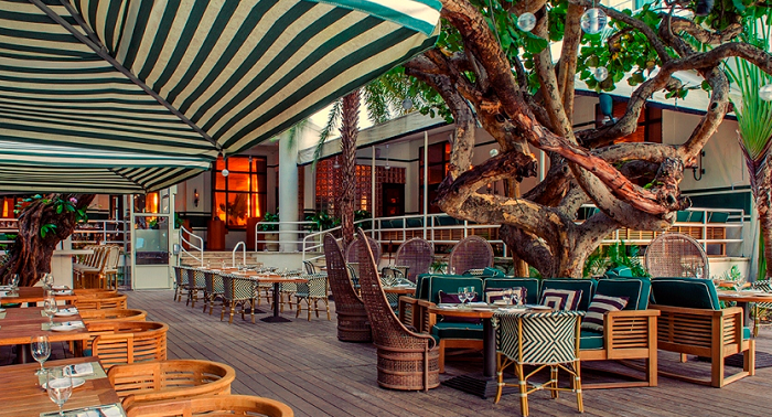 The-Raleigh-Hotel-in-South-Beach-Miami-Outside-Dining