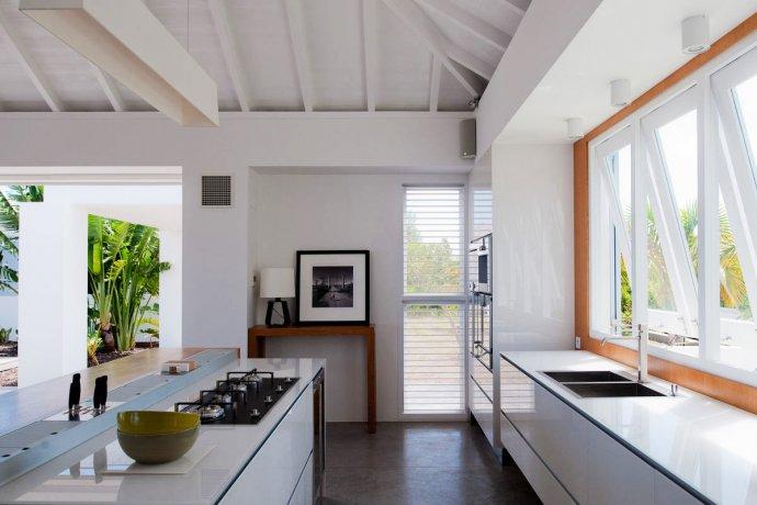 St_Barts_Villa_Olive_OLI_22_kitchen_1
